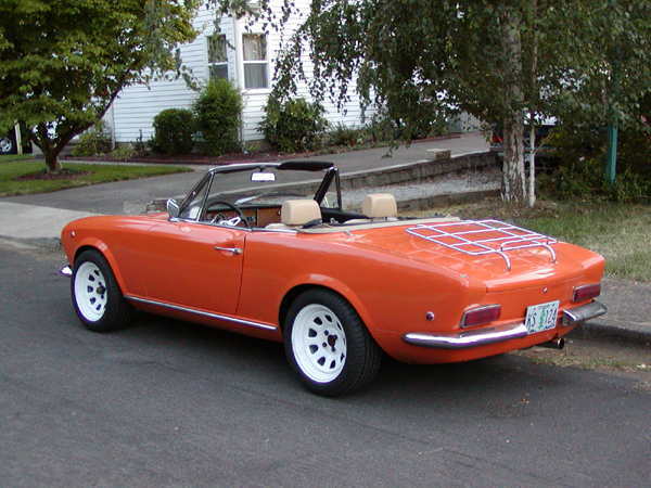 fiat 124 spider for sale hemmings motor news auto design tech. Black Bedroom Furniture Sets. Home Design Ideas
